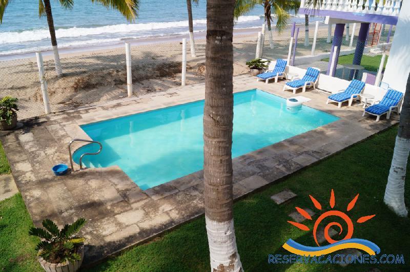 Casa frente playa lo de Marcos.6 recamaras, 16 personas ...